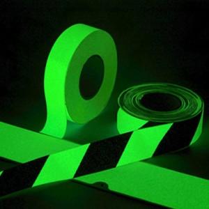 Cinta Adhesiva Fotoluminiscente Franjeado Negro