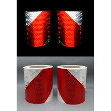 3M™ 823i Fita Microprismática Retrorrefletiva Flexível Branco / Vermelho - Pacote de 2 rolos 70 mm x 9 m (1 esquerdo, 1 direito)